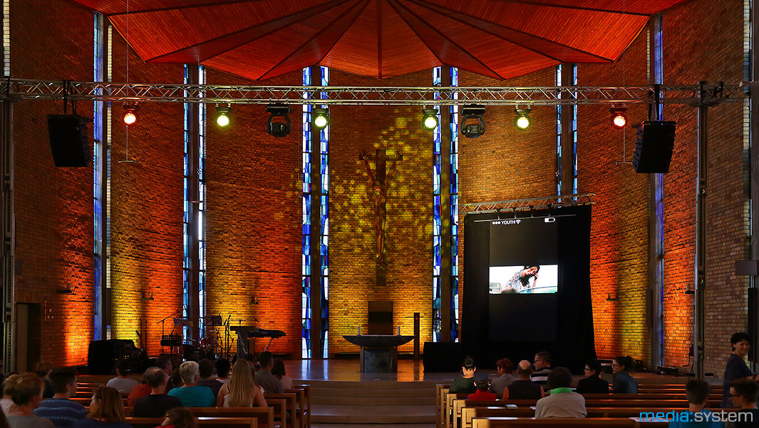 Jugendgottesdienst mit Illumination