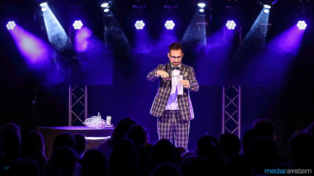 Zauberkünstler Jo Mayr