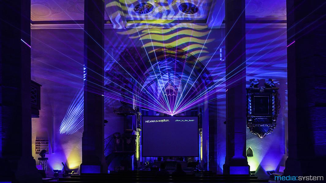 Kirchenillumination mit Laser